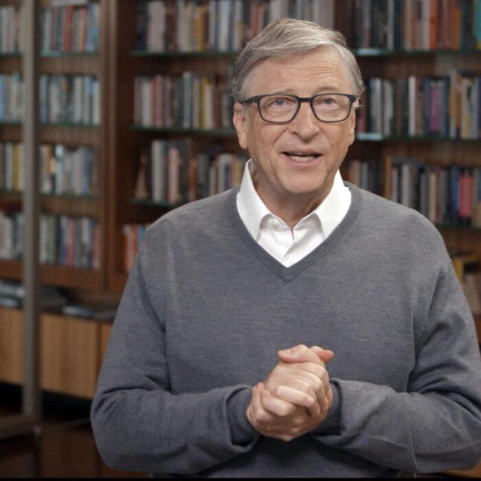 Bill Gates renunció a Microsoft tras investigación por conducta romántica con una empleada, según nuevo reporte; él lo niega